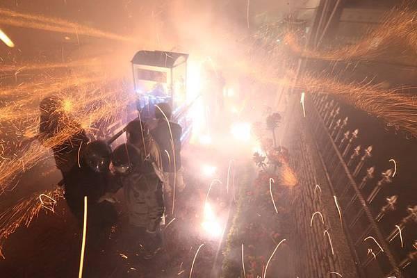 台南「2016鹽水蜂炮」