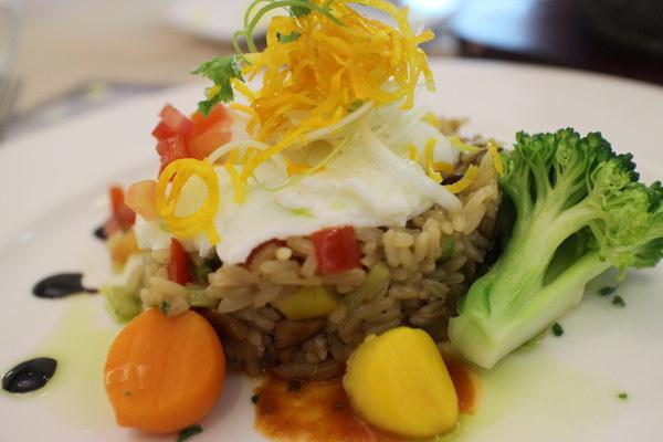 果之香 蔬果主題料理:{高雄}口碑卷NO.54!~果之香-蔬果主題料理~素食法式創意料理有機蔬果.無花果主題餐館
