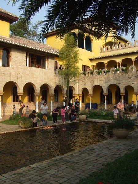 摩爾花園:{雲林}摩爾花園~西班牙建築