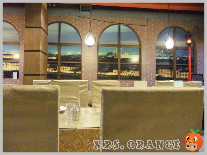 餐廳內部2.jpg
