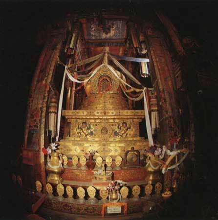 十二世達賴喇嘛靈塔.jpg