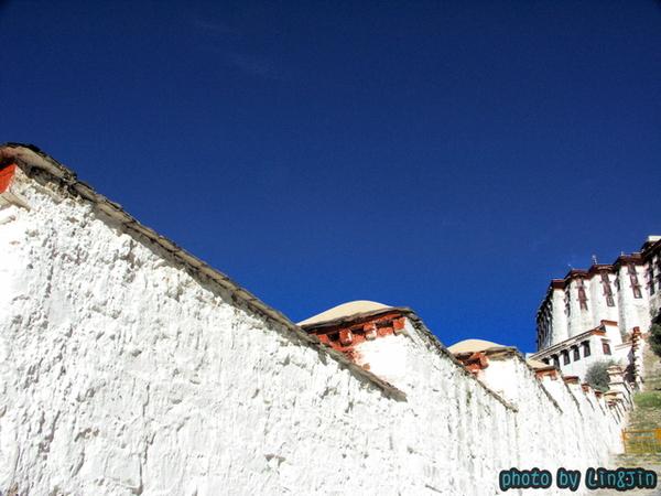 布達拉宮的萬層階梯-3.JPG