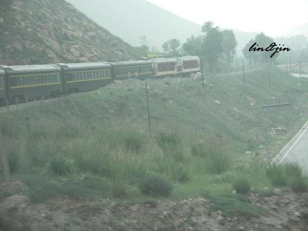 青藏鐵路列車大轉彎