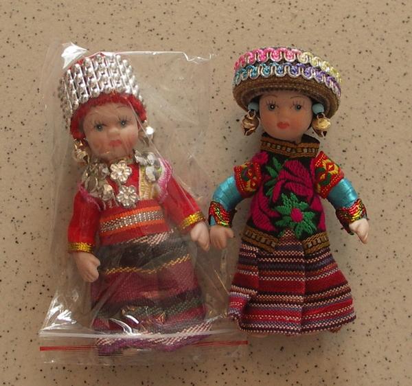 藏族娃娃一個兩元RMB