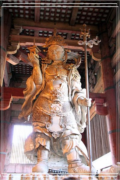 奈良古寺與梅花鹿2010_0408_152316.jpg