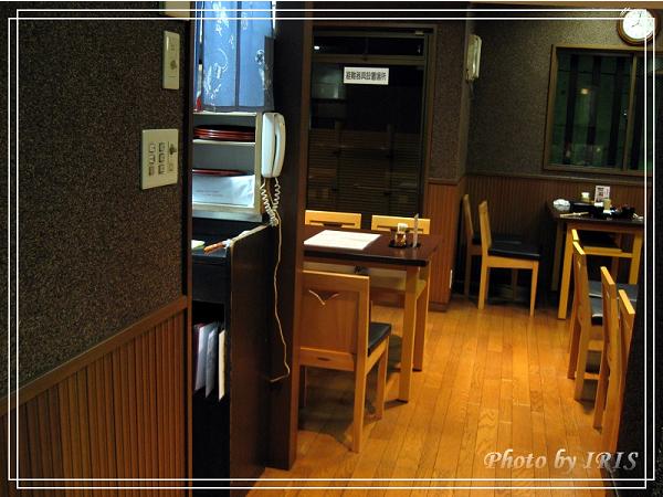 奈良古寺與梅花鹿2010_0408_190115.jpg