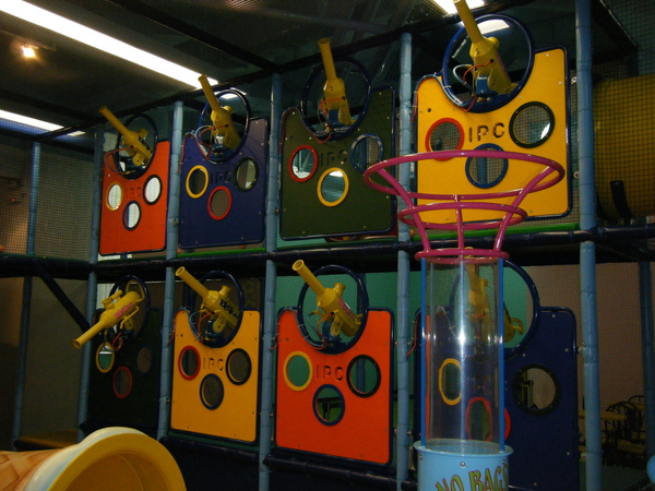 2009_0909playtown0026.JPG