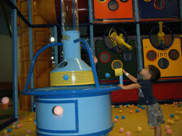 2009_0909playtown0042.JPG