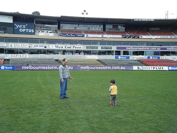 2010_0425football0004.JPG