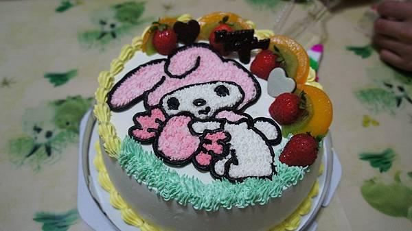彤彤四歲美樂蒂蛋糕