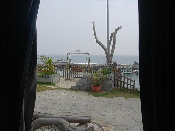 房內窗外景觀1.jpg