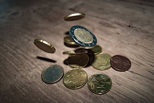 banking-cent-coins-332304.jpg