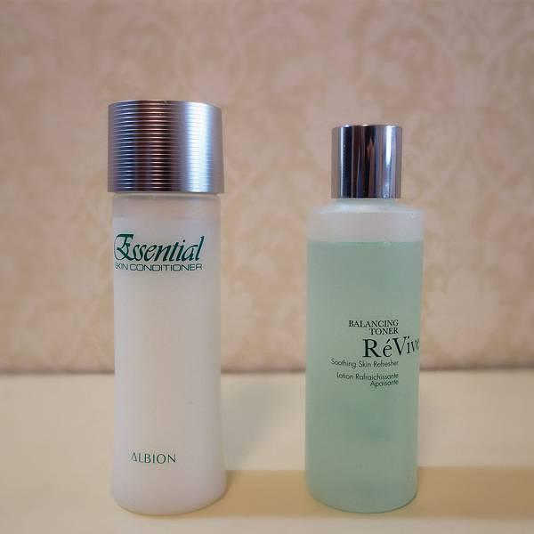 健康化妝水、ReVive活膚菁露