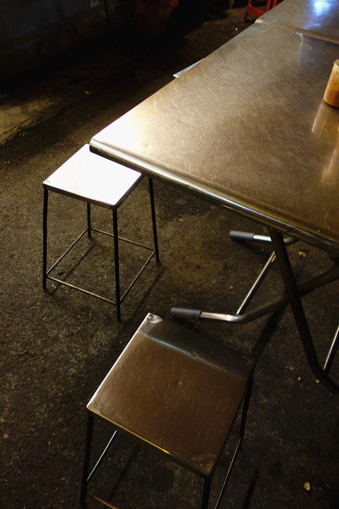 原大菜市米糕城 - 簡單風的椅子