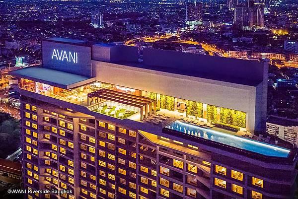 attitude-rooftop-hotel.jpeg
