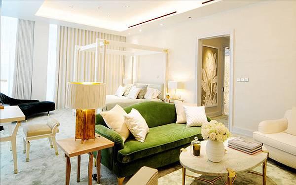 2_living room