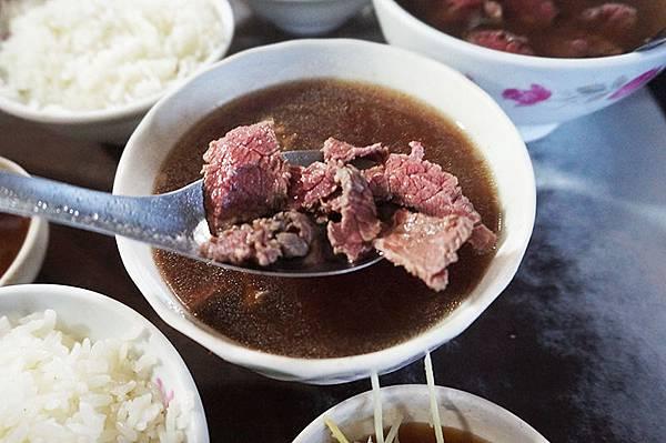 六千牛肉湯.jpg