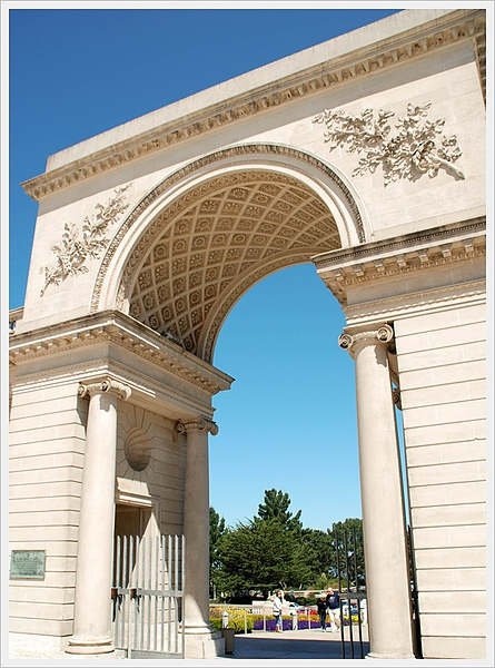 Legion of Honor entrance