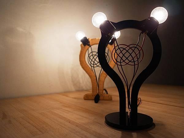 Knot Lamp_4.jpg