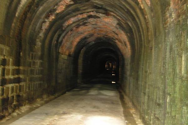 獅球嶺隧道 南口