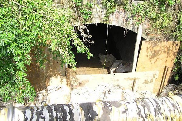 竹子嶺(竹仔寮)隧道 八堵端 (右)