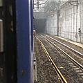 出松山車站 準備進地下隧道