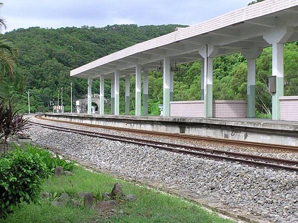 古莊車站月台