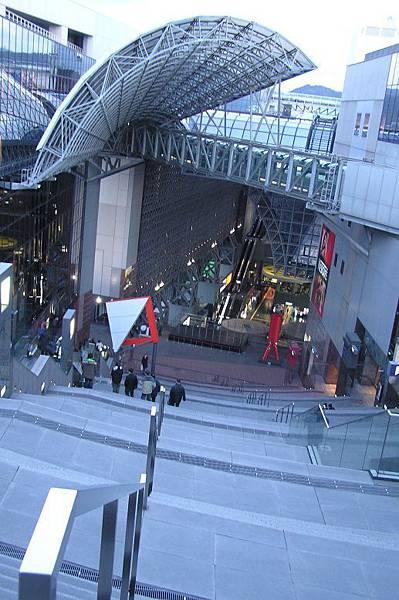 京都車站內的天空廣場