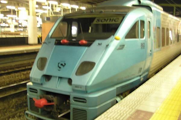 JR九州 特急 883系ソニック (Sonic)