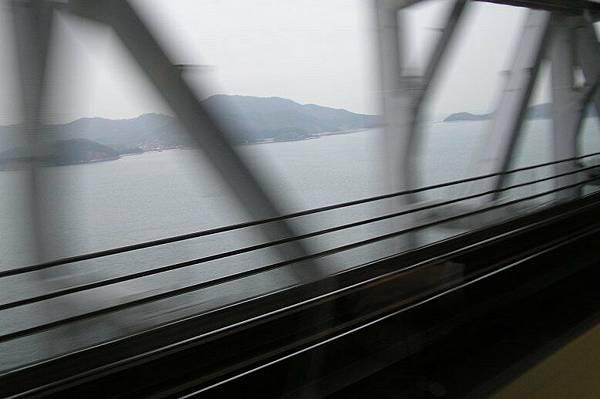 從瀨戶大橋上看到的瀨戶內海