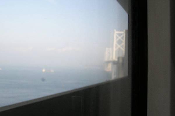 從車窗邊看瀨戶大橋