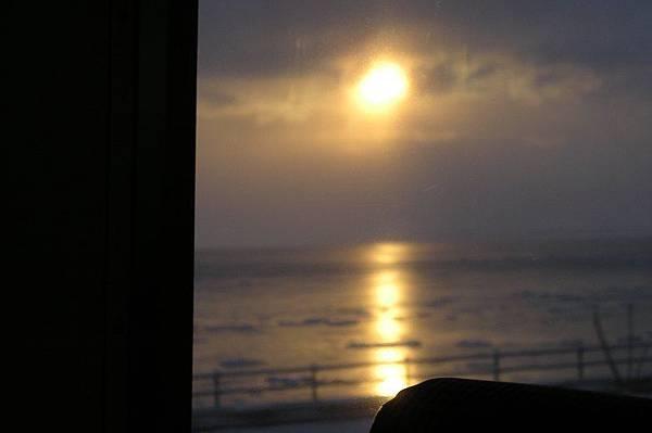 鄂霍次克海的日出