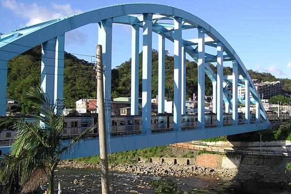 台鐵新八堵橋