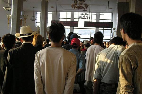 北京站 要搭K3列車的人潮