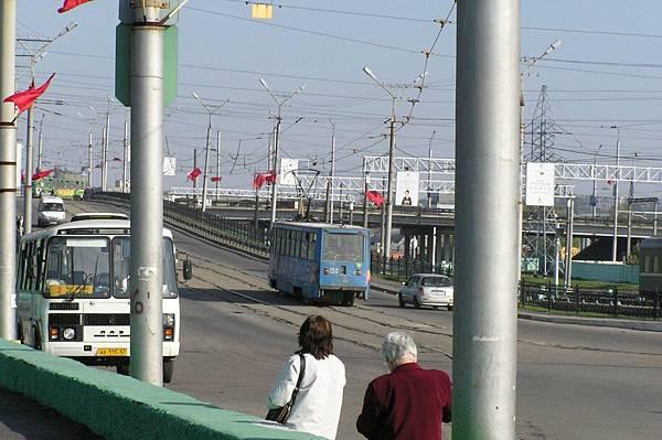 俄羅斯 Safonovo 車站前的路面電車