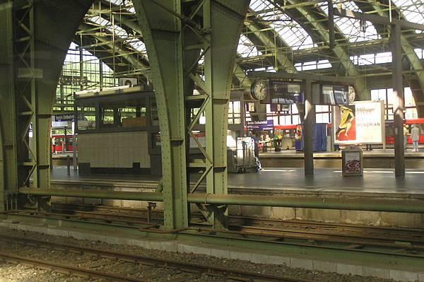 柏林 東站