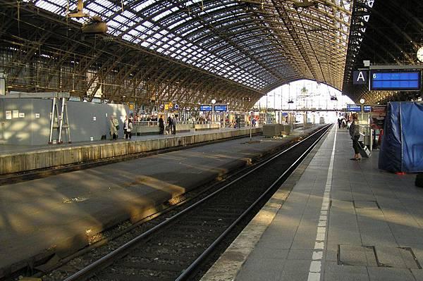 科隆 總站