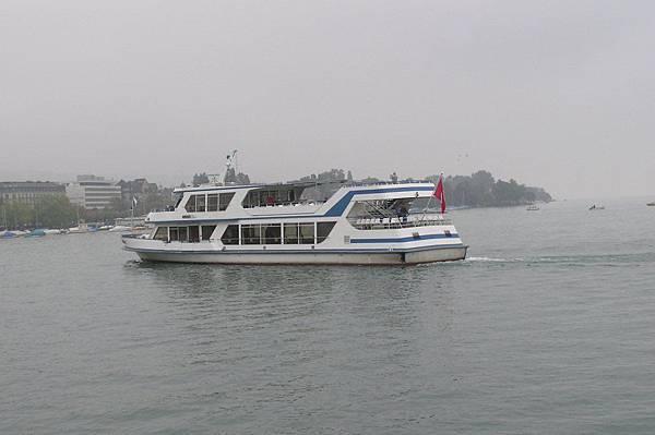 蘇黎世湖上的渡輪
