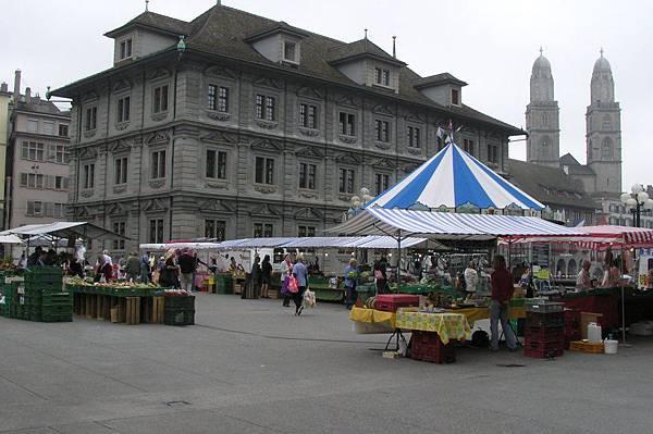 市政廳&市集
