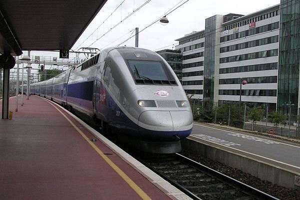 TGV-D 進站