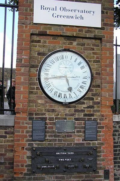 標準時間與標準長度