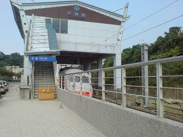 施工中的汐科車站 西側