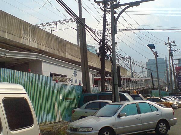 施工中的汐科車站 東側