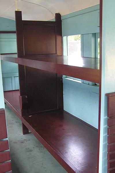 LTPS1102 臥鋪
