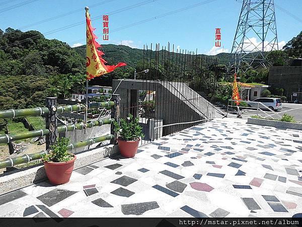 大崎頭山旁寺廟展望