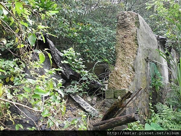 損壞嚴重的棄屋