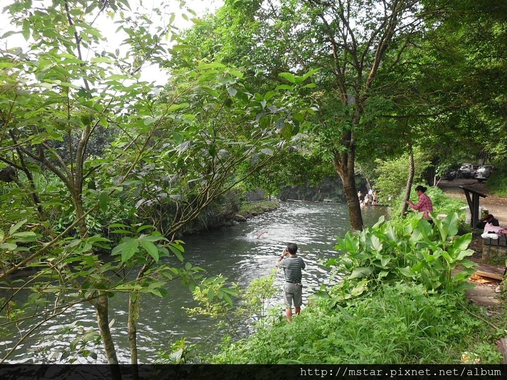 北港溪游泳池