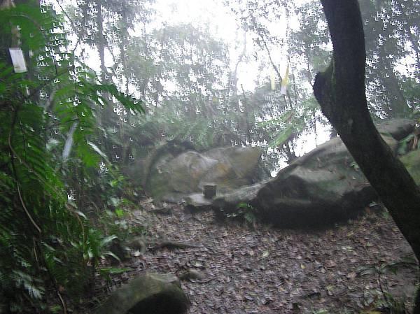 南邦寮山(上龜山) 587M