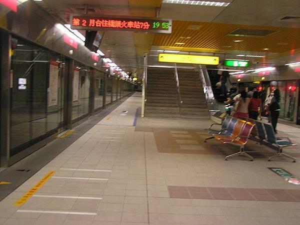 紅線 小港車站