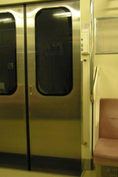 普通電車的車門